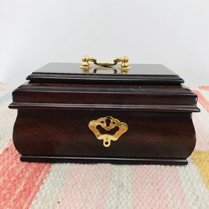 Vintage Wooden Keepsake Jewelry box
